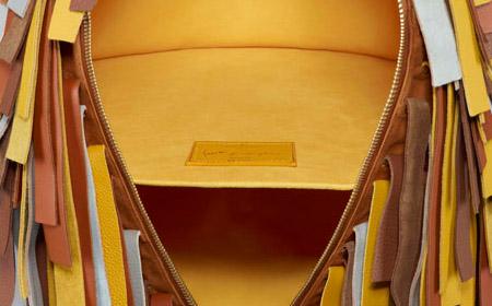 La revue du design blog archive objets nomades for Table qui se deplie
