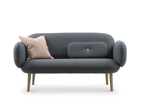 La revue du design blog archive eira un sofa tr s for Chaise norvegienne