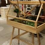 Greenhouse, un petit module de serre d'intérieur par Atelier 2+ / Ada Chirakranont / Worapong Manupipatpong - pour design Stockholm House