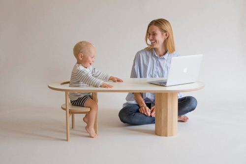 La Revue Du Design Blog Archive Une Table Basse Chaise Bébé